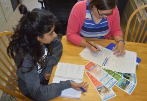 Jodi Vender advises student Harman Singh