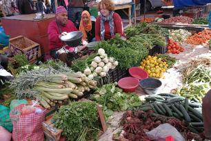 Bronwen POwell studies food markets in Morocco
